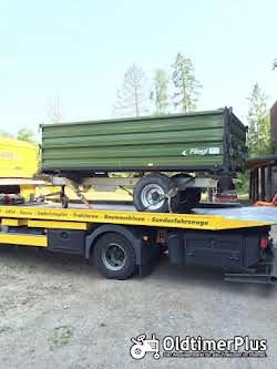Landmaschinentransporte TransBaer-Viersen,Miststreuer Strohpresse Heupresse Kippkarre Mb Trac Foto 2