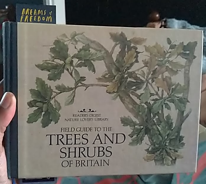 """""""Field guide to the Trees and Shrubs of Britain"""" by Reader's Digest"""