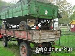 diverse Traktoranhänger Foto 3