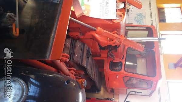 Deutz buldozer  4 cilinder luchtgekoelde Deutz motor Foto 1