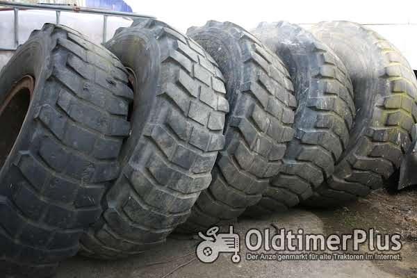 Unimog 13.00 R20 14.75/80 R20 Michelin Pilote XL Foto 1