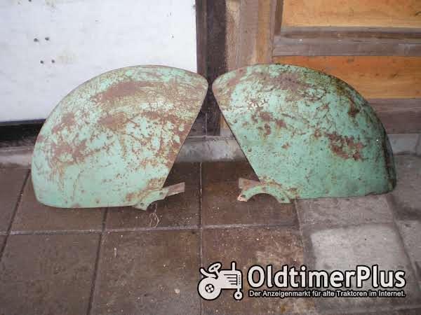 Holder spatborden voor  Autorecord zelfrijdende spuit tractor Foto 1