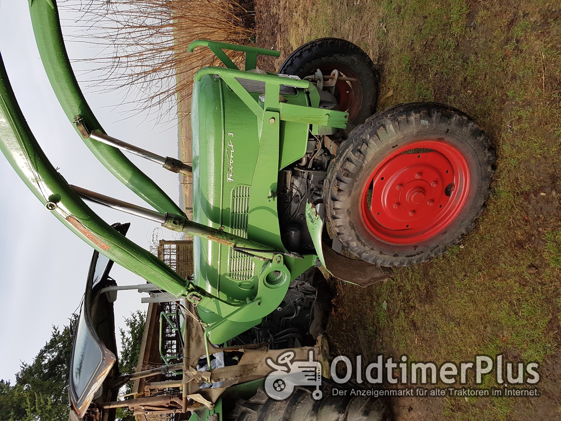 Fendt Favorit 3 mit Frontlader