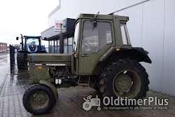 IHC 743 XL Armee Foto 2