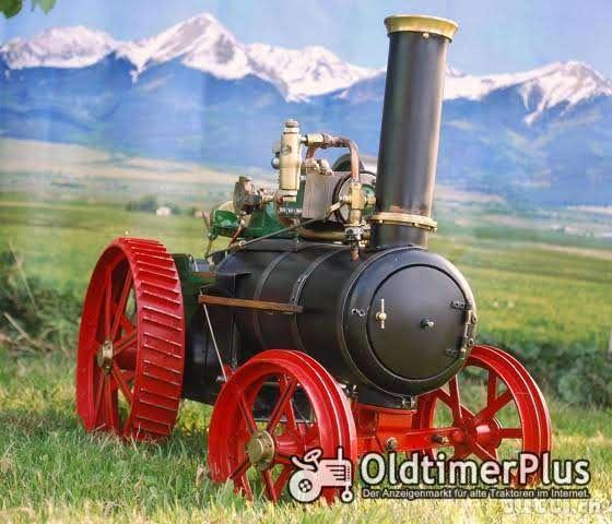 Dampftraktor Modell 1:8 Foto 1