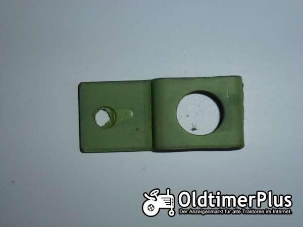 Deutz Gummiknopfhalter Foto 1