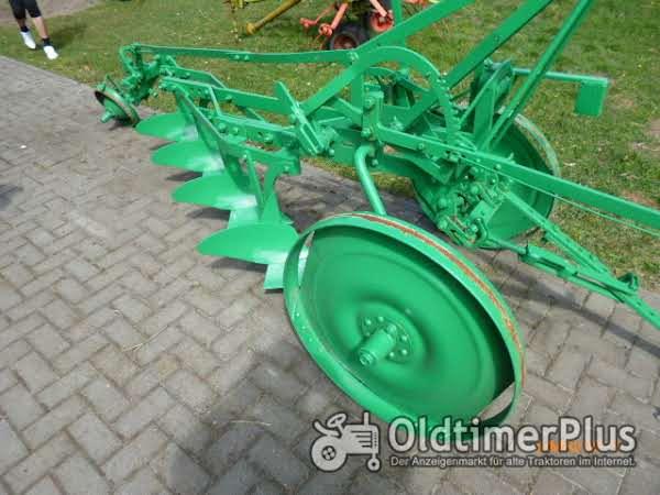 eberhardt 4-Schar Schälpflug (Leiterpflug) Foto 1