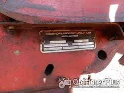 IHC D 436 mit Frontlader Foto 5