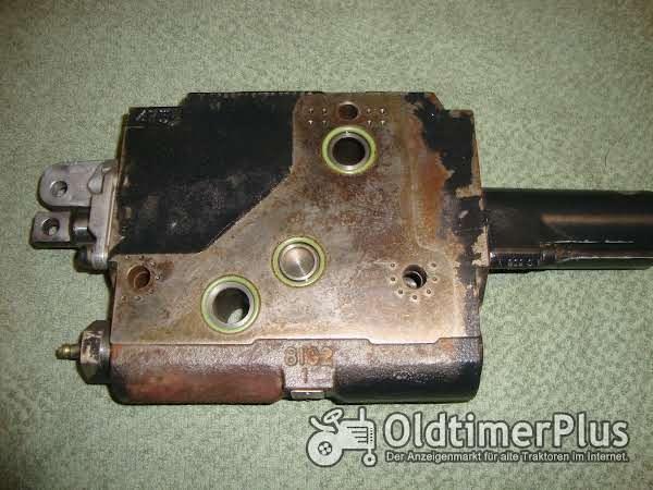 Deutz Fahr, Case IHC , Steyr, Fendt Zusatzsteuergerät Doppelwirkend für LS (Load-Sensing) Hydraulik Foto 1