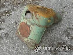 Deutz Div , Blechteile   Tankverkleidung   Seitenbleche Foto 4