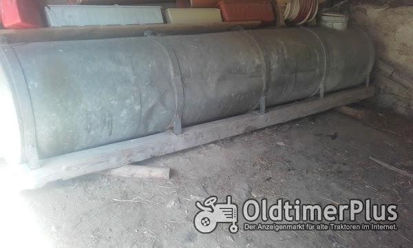 Jauchefass mit Pumpe und Rohre Foto 1