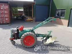 Holder EB9 met 600 cc tweetakt diesel met wentelploeg
