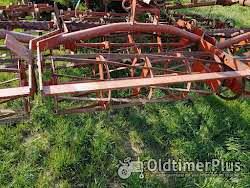 RAU Unimat 330 hydraulische Egge Saatbeetkombination Foto 4
