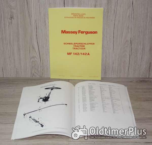 Massey Ferguson Ersatzteilliste Schmalspurschlepper MF 142 / 142 A Foto 1
