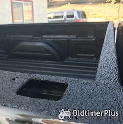 mini Herculiner Beschichtung für Nutzfahrzeuge Traktoren Oldtimer Landtechnik schwarz 0,9 Liter | Pinsel set Foto 2