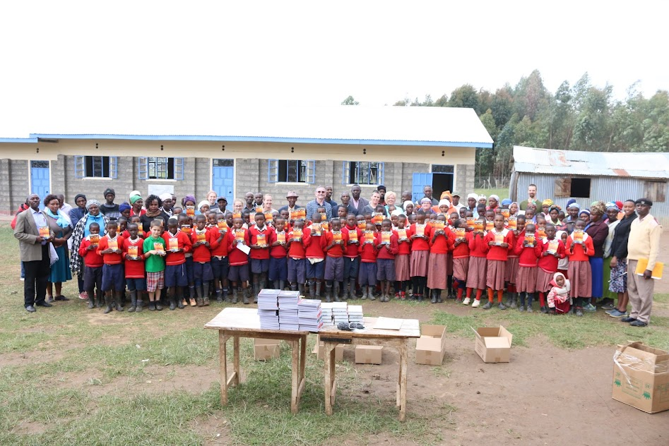 Displaying KAHURIA PS PARENTS, PUPILS, TEACHERS AND 07NN TEAM DURING DKP LAUNCH.JPG