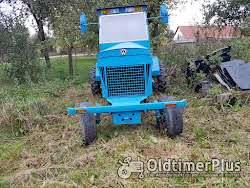 Eigenbau leistungsstarker Traktor