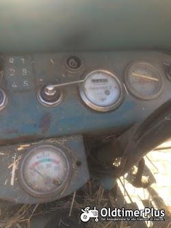 Hanomag R324S mit Frontlader Foto 6
