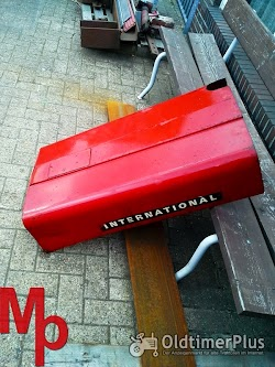 IHC Motorhaube 423 Foto 2