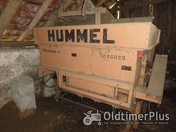 Hummel Dreschwagen Foto 1