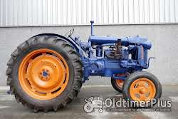 Fordson E27N petrol Foto 2
