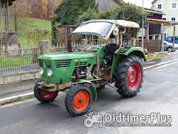 Deutz D 4006 mit Verdeck und Messerbalken Mähwerk, 35PS Traktor