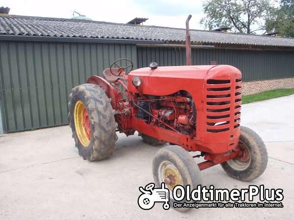 Massey-Harris 744 Diesel 6 Zylinder Foto 1