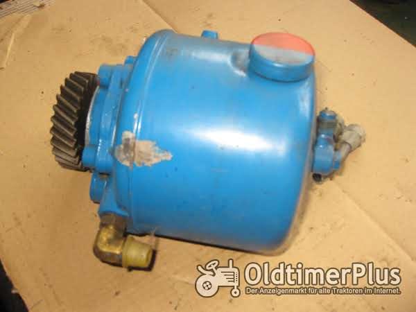 Ford Hydraulikpumpe für Hilfslenkung wenige Betriebsstunden gebraucht Foto 1