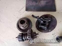 Fordson Major Verschiedene Ersatzteile für einen Foto 9