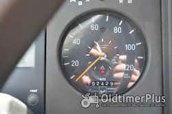 Mercedes Unimog U140 mit 9,80 Meter Kran Foto 5