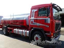 Volvo F12 4 x 2 Foto 3