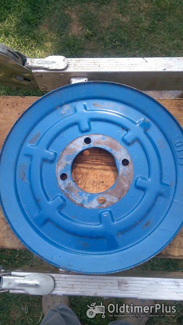 Hanomag Keilriemenscheibe Hydraulik Pumpe R435 Foto 1