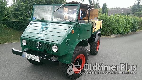 Mercedes Unimog 411 Foto 1