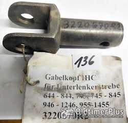 IHC Ersatzteile, Schlepperteile, Sortiment D Foto 12
