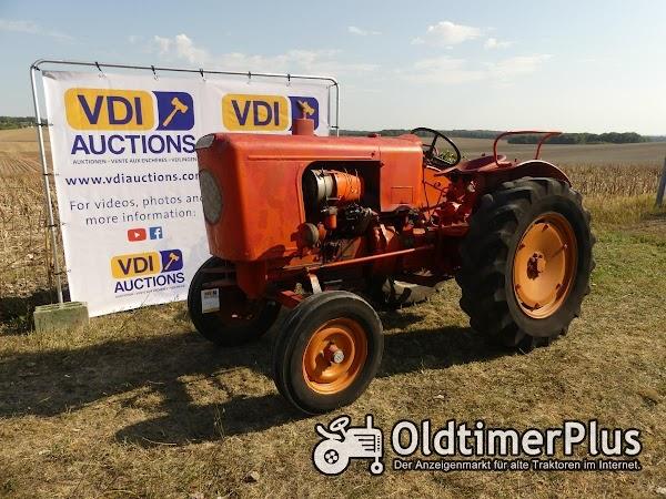 Sonstige Vendeuvre MD 500 B Diese Traktoren befinden sich in Frankreich 16250 Angouleme! Foto 1