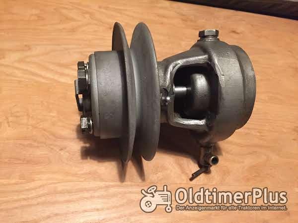 Deutz F1M414 Wasserpumpe Foto 1