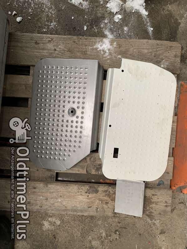 Deutz 5206-6206 trittblech 28 cm breidt Trittblech 5206-6206 mit 28 cm breidte , satz kost 140  euro , Dpd versand geht Foto 1