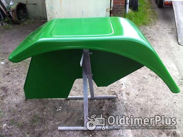 Deutz 8006-13006 Kotflügel Foto 1