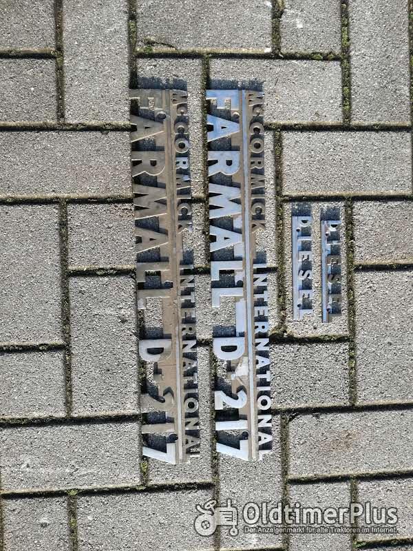 IHC Farmall Schriftzug aus Metall verchromt Foto 1