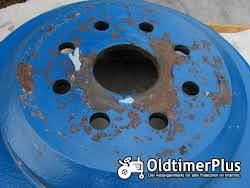 Hanomag R435 Bremstrommel hinten rechts Foto 2