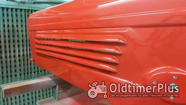 Reparaturen, Revisionen, Karosseriearbeiten wie auch Neulackierungen von Oldtimer Traktoren Foto 1