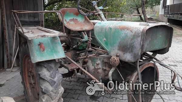 Güldner Haifisch 6 Gang Traktor ohne Motor -mit 6 Gang Getriebe läuft ca. 35 KM/H Foto 1