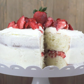 White Cake Mix With Strawberries Recipes.