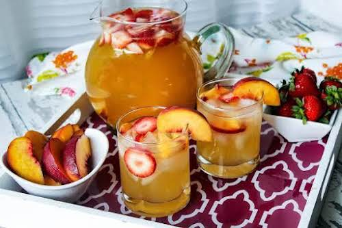 """Texas Peach Sangria""""This is a quick and easy alcoholic punch/sangria that is..."""