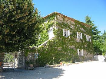ferme à Saint-André-de-Cruzières (07)