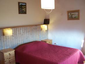 Photo: Chambre Sud : 1 lit 2 places (140 x 200).
