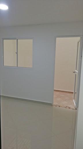 apartamento en arriendo niquia 679-18718