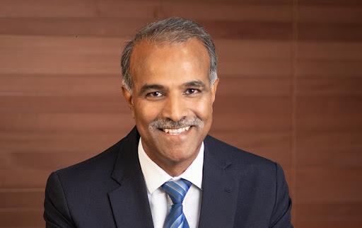Kresh Goomany, CEO of Emtel.