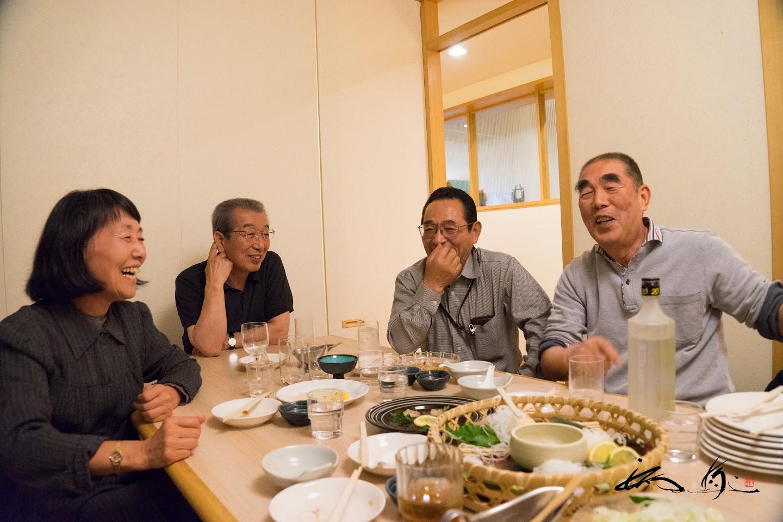 「22会」の皆さん・左より:高井瑞枝さん、千葉正幸さん、越後晴男さん、日下正人さ