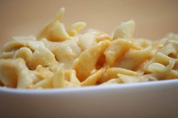 Cheesy Tuna And Noodles